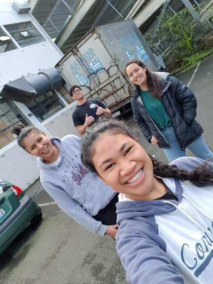 Auckland City Mission Drop In Volunteers